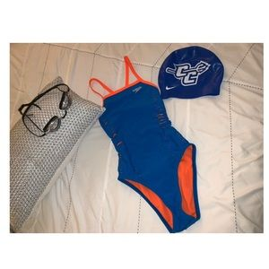 Awesome One-Piece Speedo Suit 💙